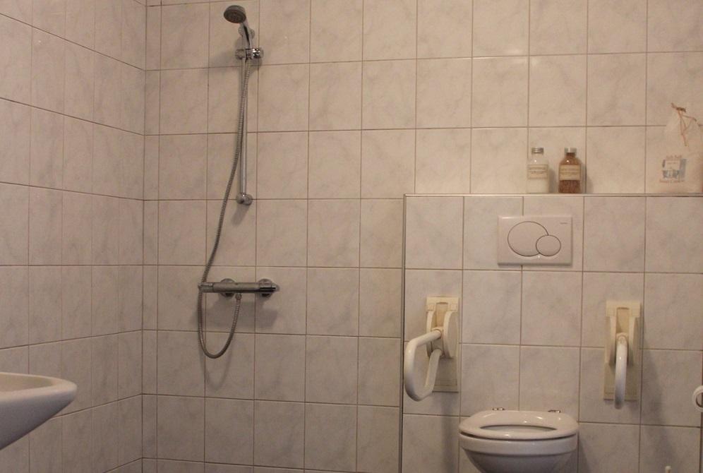 De Smokkelaar - Badkamer